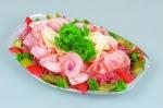 Mísa na bramborovém salátě s podnosem
